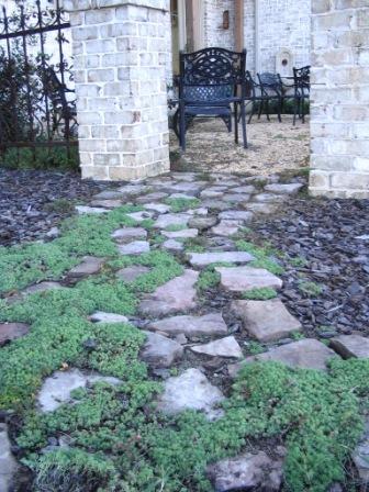 courtyard-w1.jpg